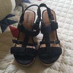 BRAND NEW Soda black cork sandals size 10